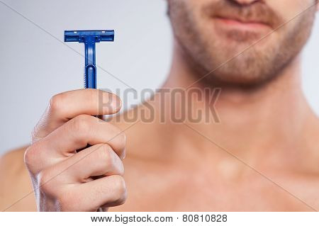 This Razor Irritates My Skin.