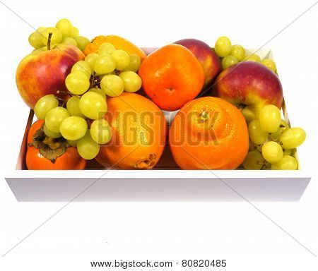 A fruit bowl with colorful fruits