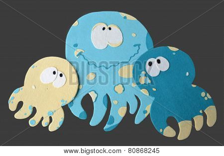 Amusing jellyfishes