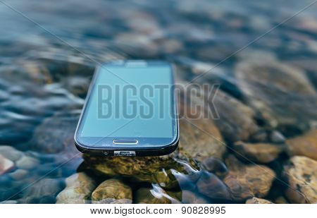 lost smartphone on the water