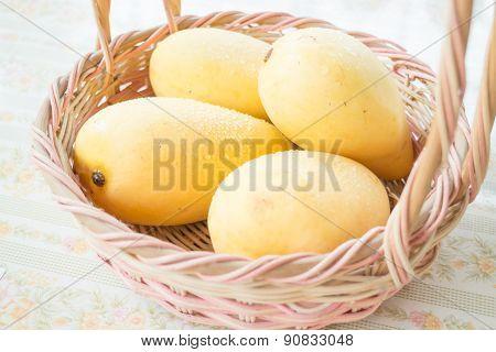 Fresh Ripe Thai Yellow Mango