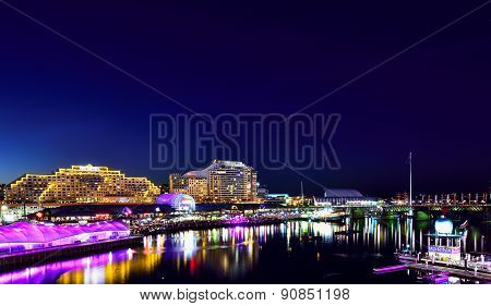 SYDNEY AUSTRALIA - August 2, 2015 : Night scene of Darling Harbour