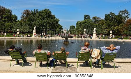 Paris, France - August 19, 2014: Tourist And And Parisians Rest In Tuileries Garden
