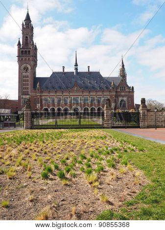 The Peace palace and forecourt