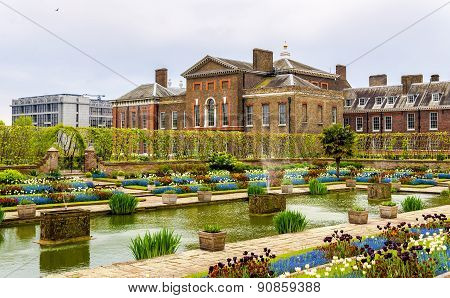View Of Kensington Palace In London - England