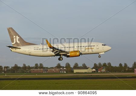 Amsterdam Airport Schiphol - Boeing 737 Of Jet Time Lands