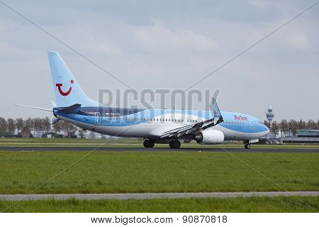 Amsterdam Airport Schiphol - Boeing 737 Of Arke Lands