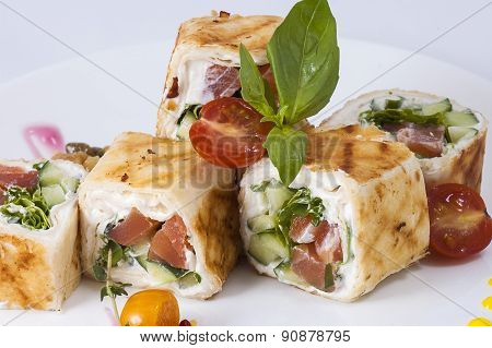 Rolls With Vegetables And Red Fish