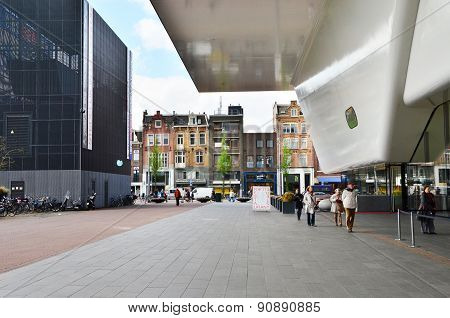 Amsterdam, Netherlands - May 6, 2015: Tourist Visit Stedelijk Musem In Amsterdam