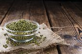 foto of mung beans  - Heap of dried Mung Beans  - JPG
