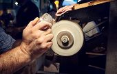 Постер, плакат: Craftsman During Sanding Of A Crystal Ashtrays