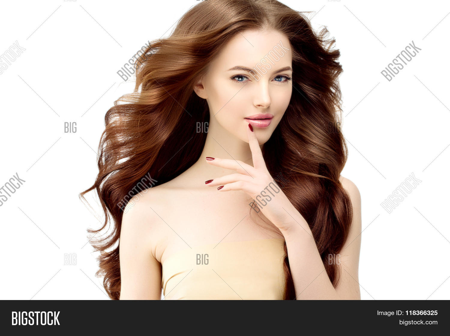Hairstyles Female Hair Loss Model With Long Wavy Hair Waves Curls Hairstyle Hair Salon Updo