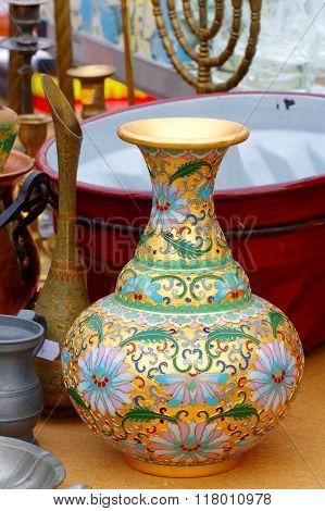 brass vase flea market