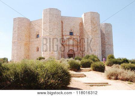 The Castle Of Frederick Ii At Castel Del Monte In Puglia Italy N 094