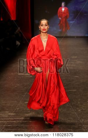 NEW YORK-FEB 11: Athlete Skylar Diggins wears Michael Costello at Go Red for Women Red Dress Collection 2016 Presented by Macy's at New York Fashion Week on February 11, 2016 in New York City.