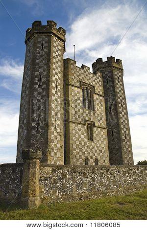 Casa de un inglés es su castillo