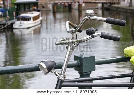 Double handlebars bike in Holland