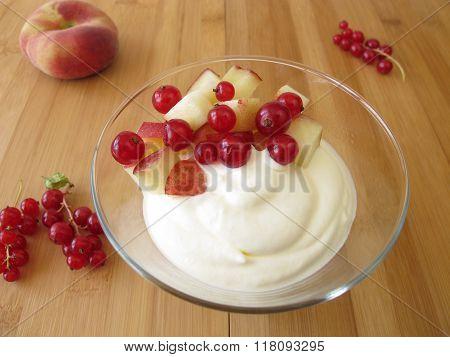 Frozen yogurt ice cream with fruits