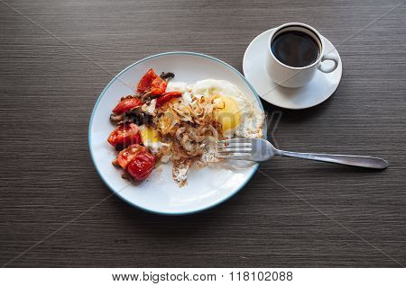 Eggs, Onion And Cherry-tomatoes With Coffee