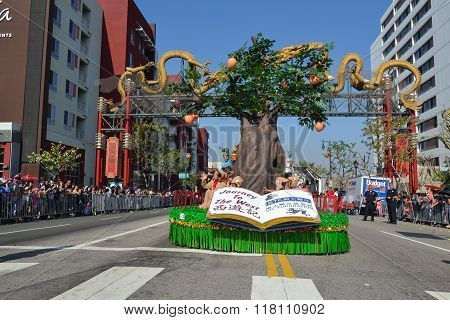 Float During The 117Th Golden Dragon Parade