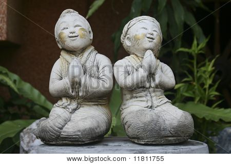 Boy and Girl in Thai culture greeting