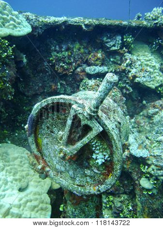 Controller of shipwreck from the world war 2