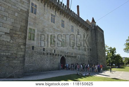 Queue To Get Into The Palace Of The Dukes Of Braganza