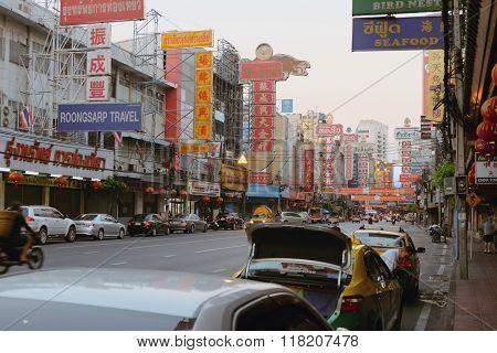 Yaowarat Road Traffic In the morning of chinatown Bangkok