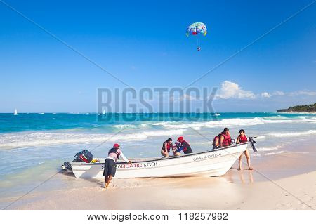 Tourists Enjoying Water Sport In Punta Cana