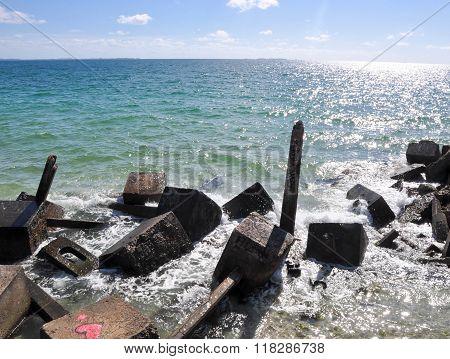 Indian Ocean View with Breakwater