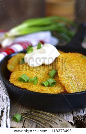 Draniki - Potato Fritters.traditional Belorussian Cuisine.