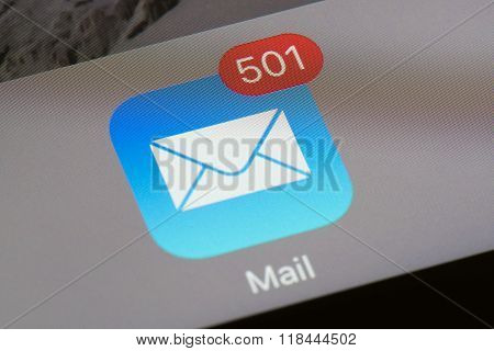 Mail icon with unread email count