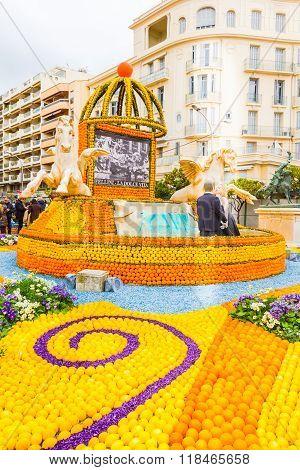 Menton, France - February 14, 2016: Art Made Of Lemons And Oranges In The Famous Lemon Festival (fet