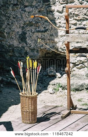 Vintage Bow And Arrows With Ruins Wall Background