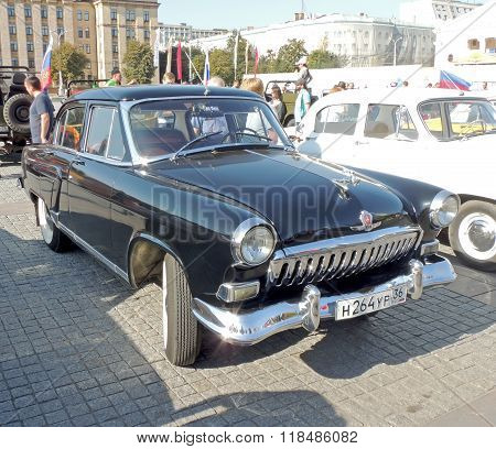 Gaz M21 Volga Of The Series Two Black Color