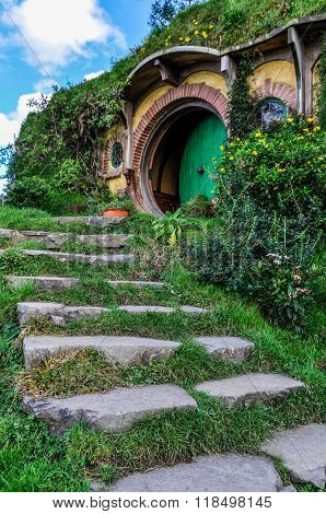 Bilbo Baggins House In Hobbiton, Matamata, New Zealand