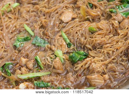 Stir Fried Rice Noodle On Pan (korat Stir Fried Noodle)
