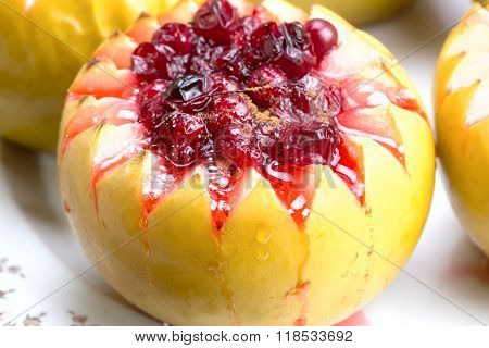 Baked Apples With Cranberry Sauce