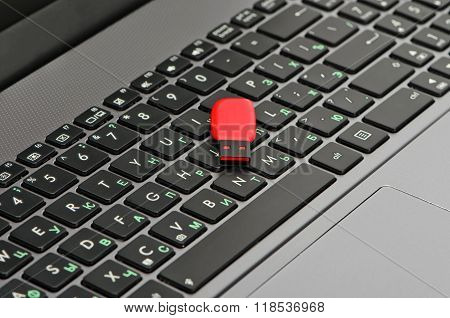 Laptop And Flash Memory