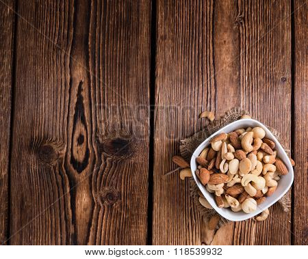Portion Of Mixed Nuts (roasted And Salted)