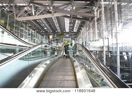 Bangkok- February 17 : Unidentified People On Terminal Escalators Of International Bangkok Airport O