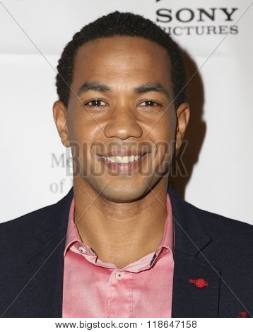 LOS ANGELES - FEB 10:  Alano Miller at the African American Film Critics Association 7th Annual Awards at the Taglyan Complex on February 10, 2016 in Los Angeles, CA