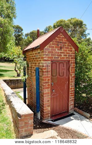 Freestanding Outhouse: Azelia Ley Homestead