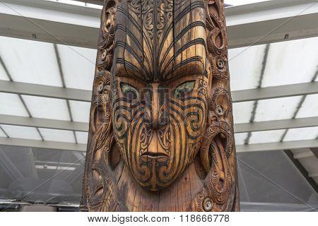 Maori Wooden Statue
