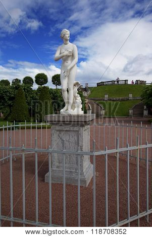 Venus sculpture outdoor at park inaccessible beauty behind the fence