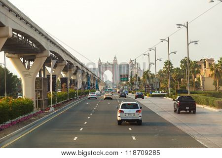 Road To Atlantis Hotel In Dubai, Uae