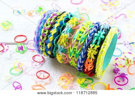 Making Of Children's Accessories Of Silicone Rings