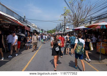 People Shopping At Jj Weekend Market