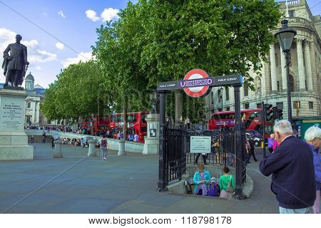 Tourists Visit Trafalgar Square
