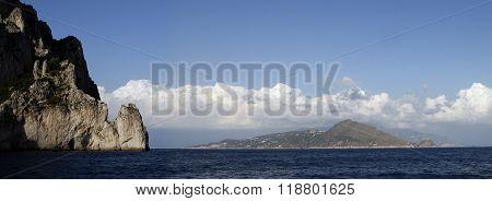 island along the southern coast of Italy